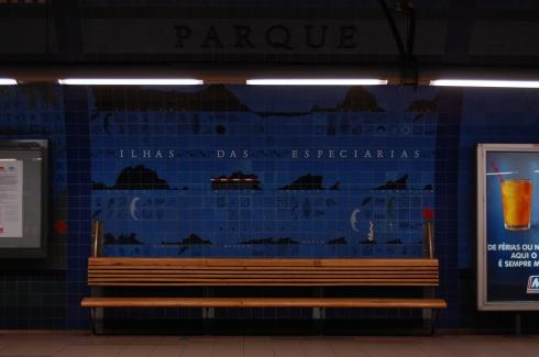 Parque Metro Station